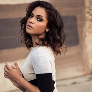 Medium monicaraymund